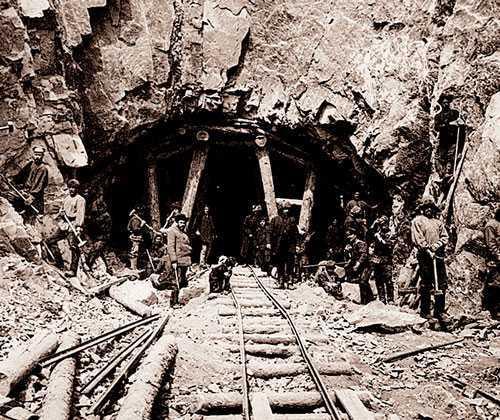 Ручная пробивка тоннелей Кругобайкальской дороги Регулярное рельсовое сообщение между Санкт-Петербургом и...