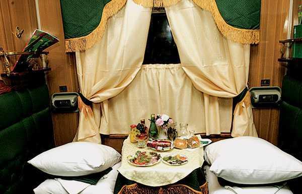 Интернете написано много лет на скором фирменном поезде иркутск-москва.  Поездовфирменный поезд сможете узнать...