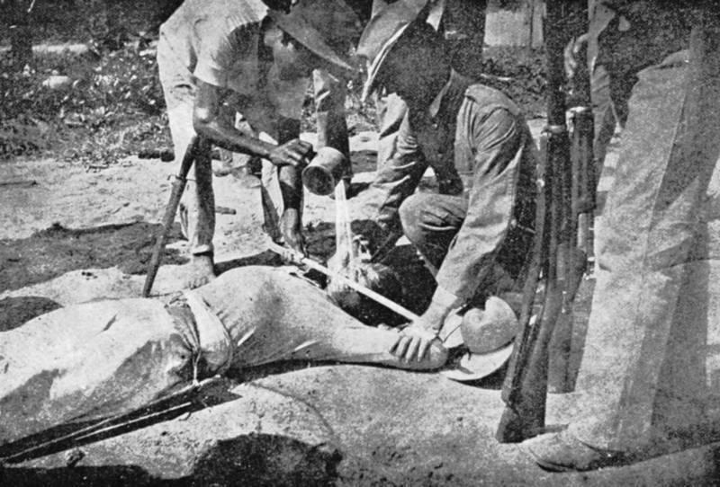 солдаты в бане фото